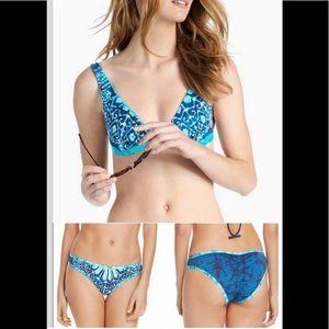 NWT Batik Chic Lucky Brand Reversible Bikini Sz M
